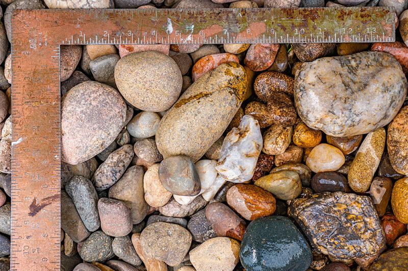 Large egg rock